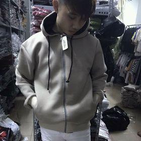 Áo khoác hoodie và áo khoác có dây kéo