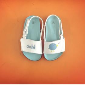 Sandal con thú