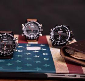 Đồng hồ nam kim điện tử