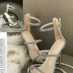 Giày sandal đính đá giá sỉ