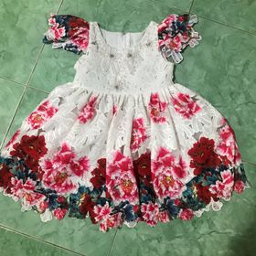 Đầm bé gái