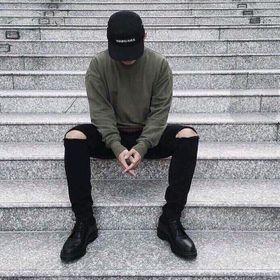 Quần Jeans Nam Đen Trắng rách V có size lớn giá sỉ
