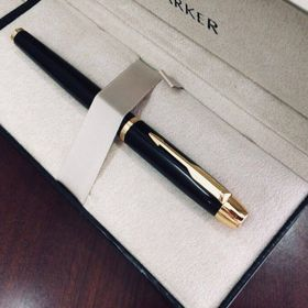 Bút dạ bi parker IM black cài vàng