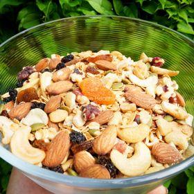 Granola [ Ngũ cốc ăn kiêng ] siêu hạt . Dinh dưỡng đầy đủ cho bữa ăn của bạn giá sỉ