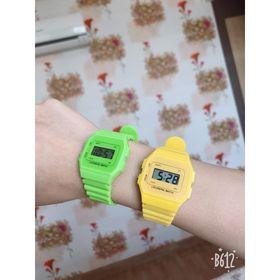Đồng hồ điện tử cho người lớn hoặc trẻ em đều được. Rất dễ phối đồ. Giá sỉ 25k siêu rẻ giá sỉ