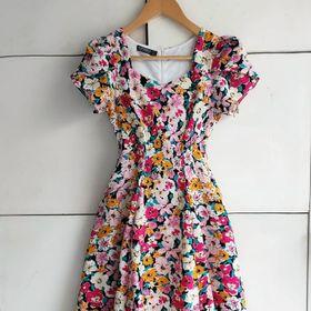 Đầm xoè cao cấp vải voan lụa dày 2 lớp có túi 2 bên giá sỉ