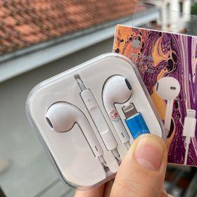 Tai nghe IPhone chân dẹp hộp nhựa kết nối bluetooth Full Box giá sỉ