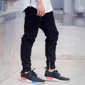 Quần jogger đen khoá chân