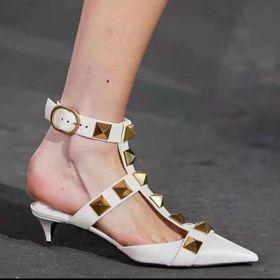 Giày sandal bích mũi phối đinh cao cấp giá sỉ